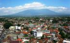 員警突擊印尼茂物多名女同性戀嫌疑者住所