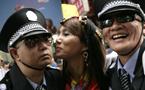 向前走,在彩虹旗飄揚的天空下:記香港第一屆同志大遊行