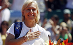 Navratilova struck with breast cancer