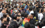 Clashes and kisses at protests over gay marriage in Taiwan