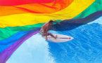 中国首位公开同性恋运动员前往巴黎参加世界同性恋运动会